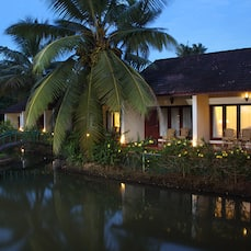 Abad Whispering Palms Lake Resort, Kumarakom